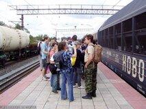 Жалоба-отзыв: Горьковская Железная Дорога - Стоянка грузового поезда на проходе к платформе и объявление отхода и прихода поезда.  Фото №2