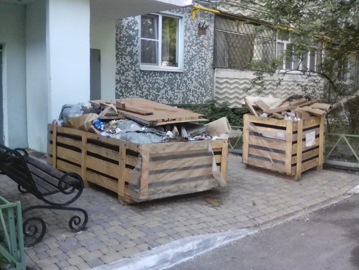 Жалоба-отзыв: Управление ЖКХ - Мусор после замены лифта на ул. Карамзина д.51