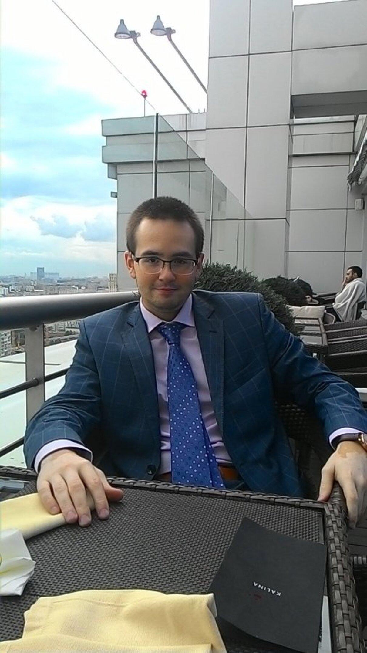 Жалоба-отзыв: Ерохин Александр Владимирович - Сотрудник, который принес убытки компании