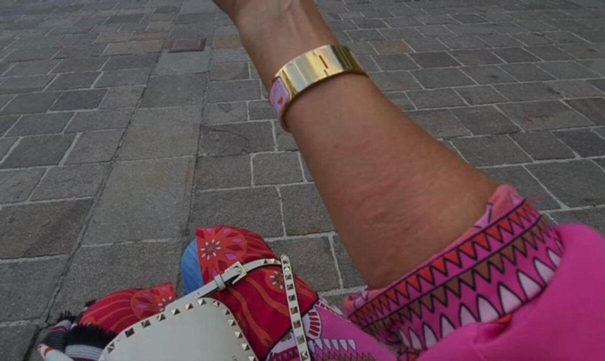 Жалоба-отзыв: Жасмин Байсен начищающий блогер из Падуа - Меня заразила венерической болезнью пожилая женщина легкого поведения.  Фото №4