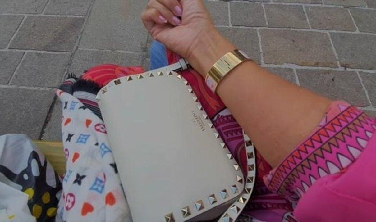 Жалоба-отзыв: Жасмин Байсен начищающий блогер из Падуа - Меня заразила венерической болезнью пожилая женщина легкого поведения.  Фото №5